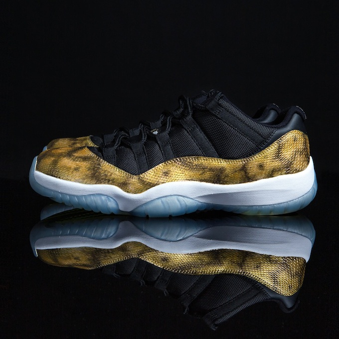 air-jordan-11-low-golden-snake-custom-2