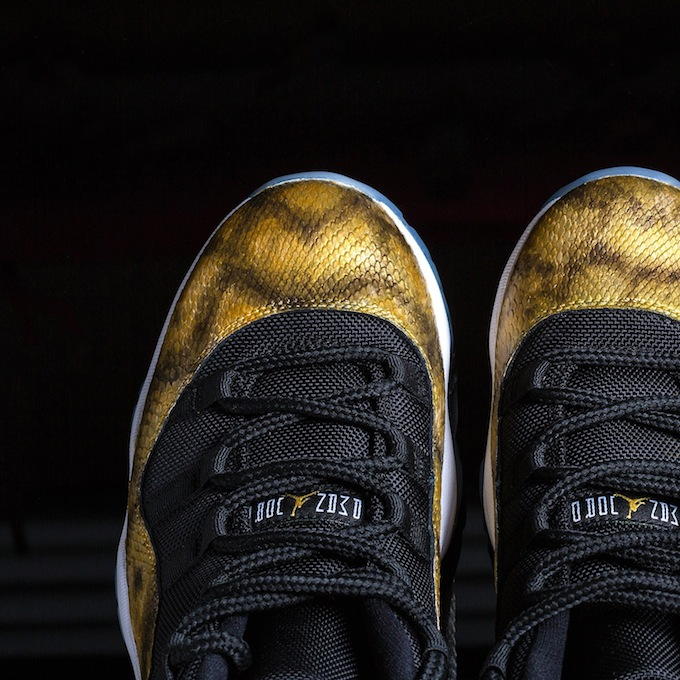 air-jordan-11-low-golden-snake-custom-3