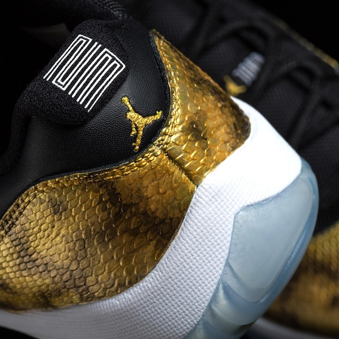 air-jordan-11-low-golden-snake-custom-4
