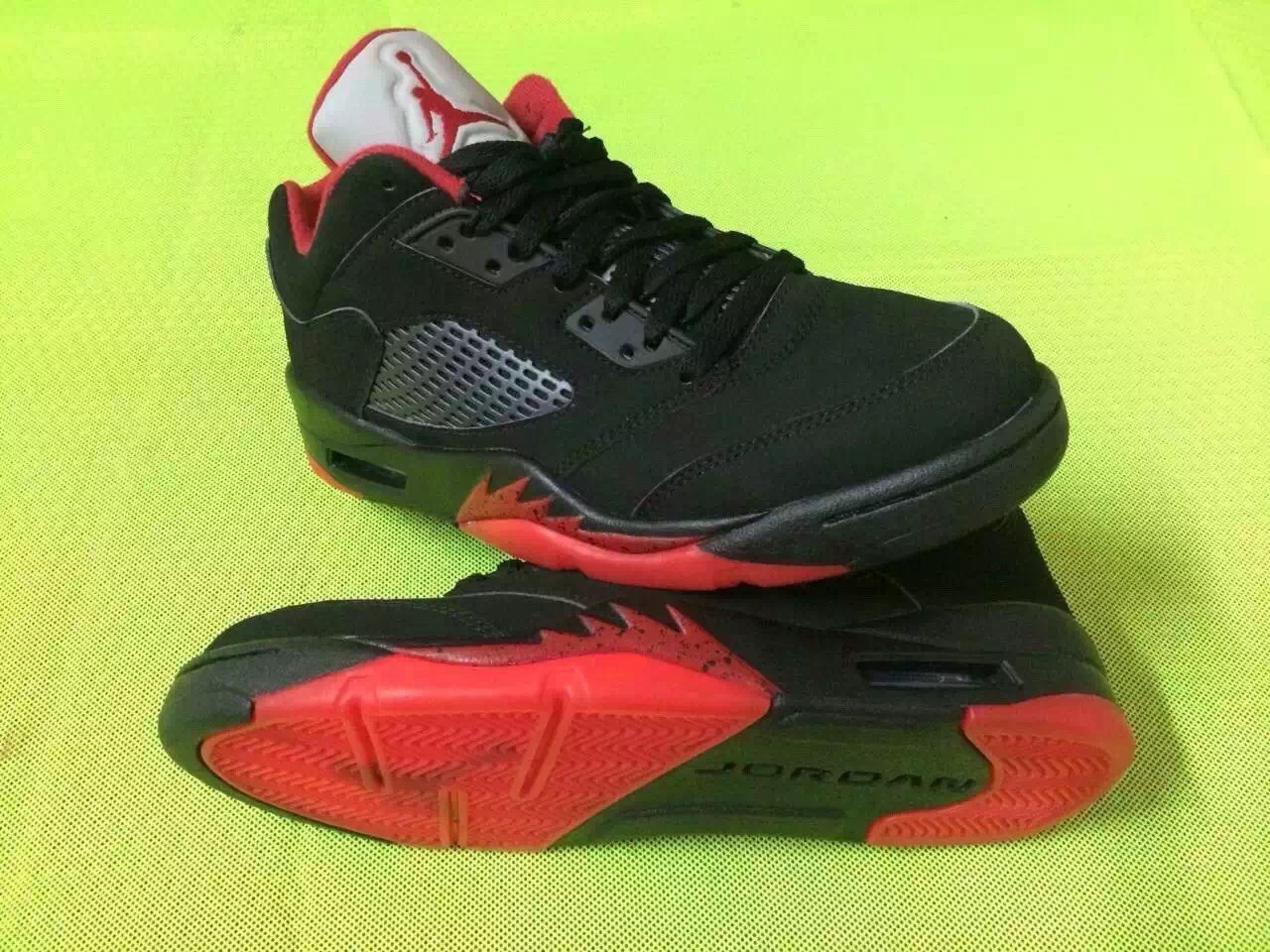 alternate-90-air-jordan-5-low-1