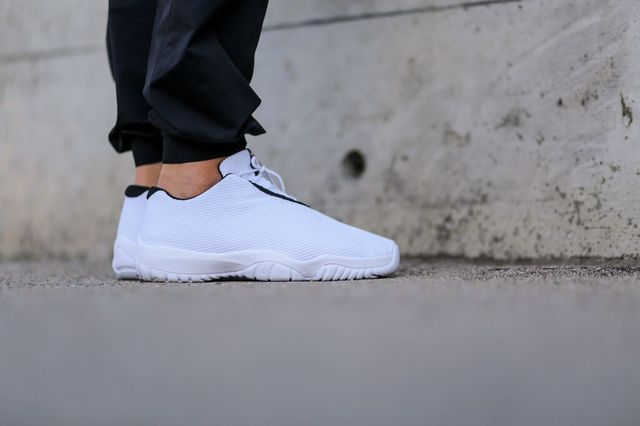jordan-future-low-white_03