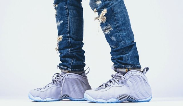 nike-air-foamposite-one-premium-wolf-grey-on-feet-2_result