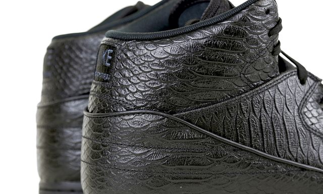 nike-air-python-black-gum-4_result