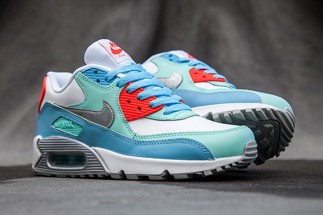 nike-am90-lakeside-blue-bumper-3