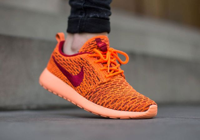 nike-flyknit roshe-total orange_02