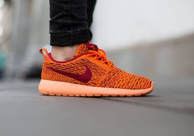 nike-flyknit roshe-total orange_04
