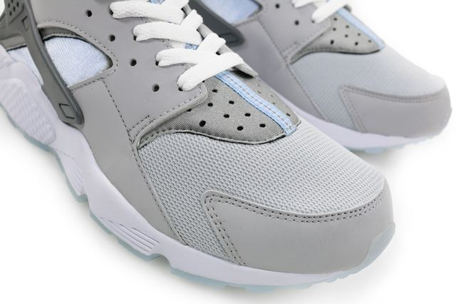 nike-mag-air-huarache-3_result
