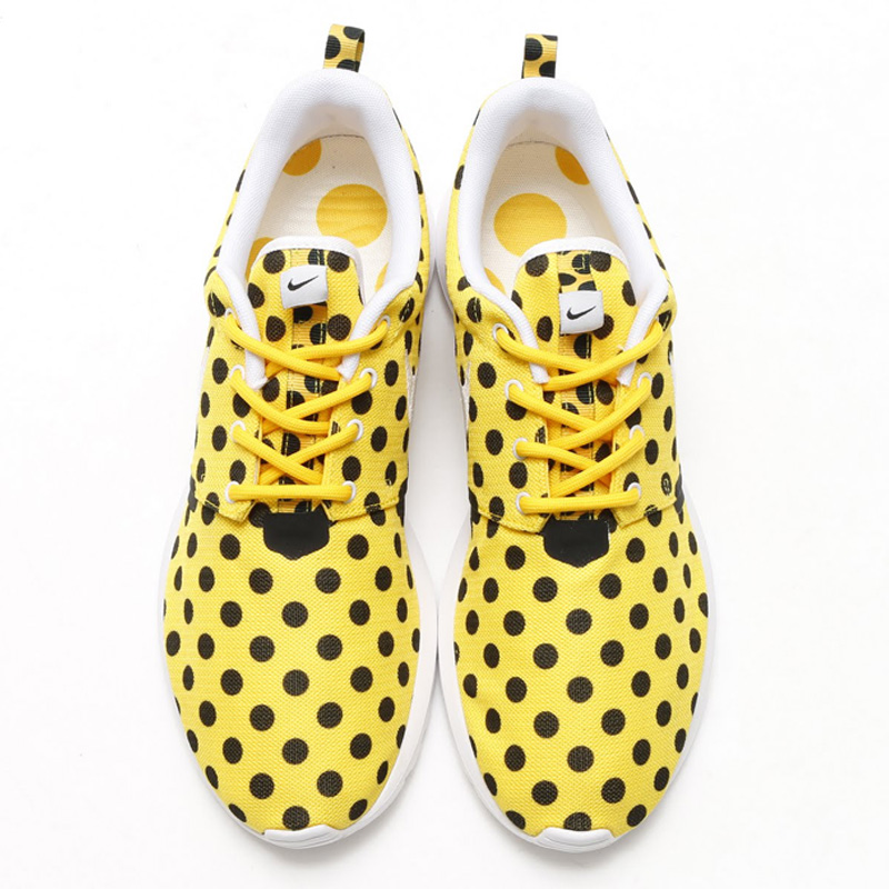 nike-roshe-nm-qs-dot-2