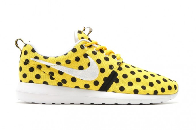 nike-roshe-nm-qs-dot-681x454