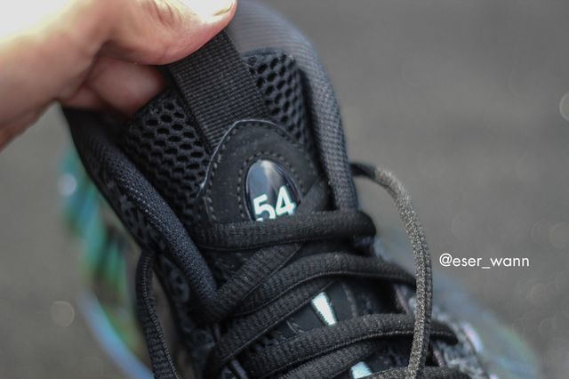 quai-54-nike-foamposite-one-2_result