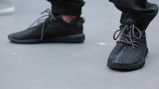 yeezy-boost-low-350-black_03