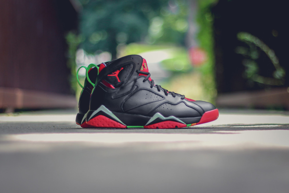 304775-029-304775-029-air-jordan-7-retro-marvin-the-martian-1-1010x674