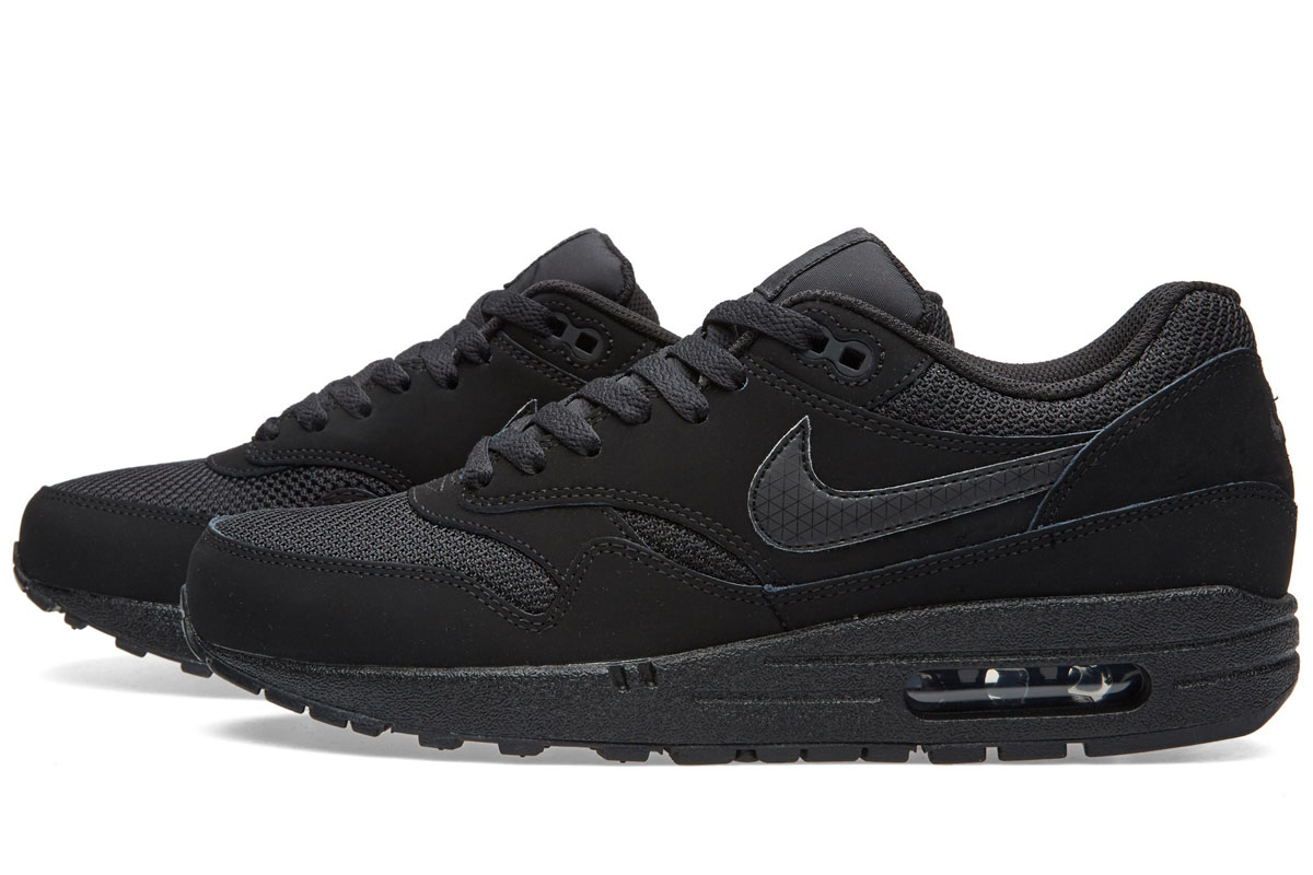 Nike-Air-Max-1-Essential-Black-1
