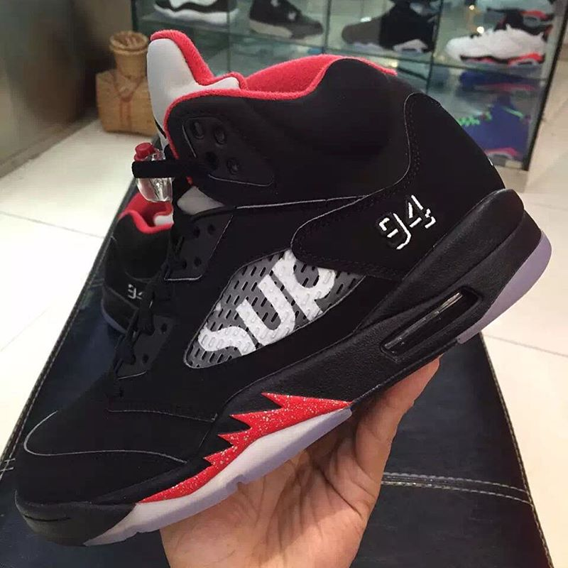 air-jordan-5-supreme-black-3