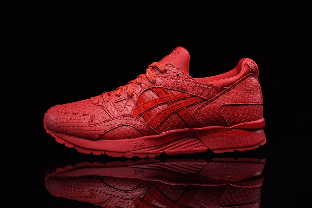 asics-gel-lyte-v-red-october-1