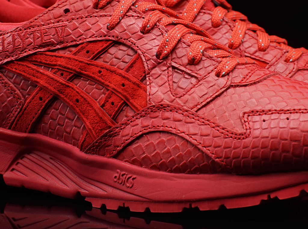 asics-gel-lyte-v-red-october-2
