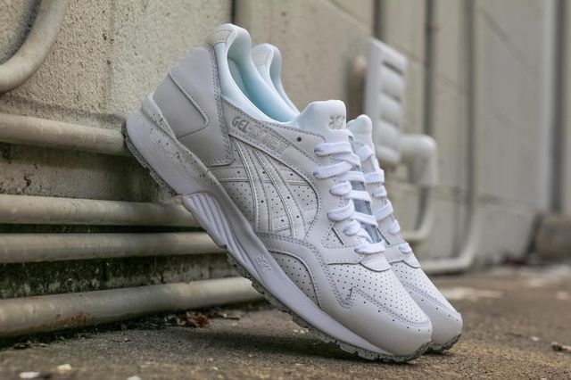 asics-gel lyte v-white cement