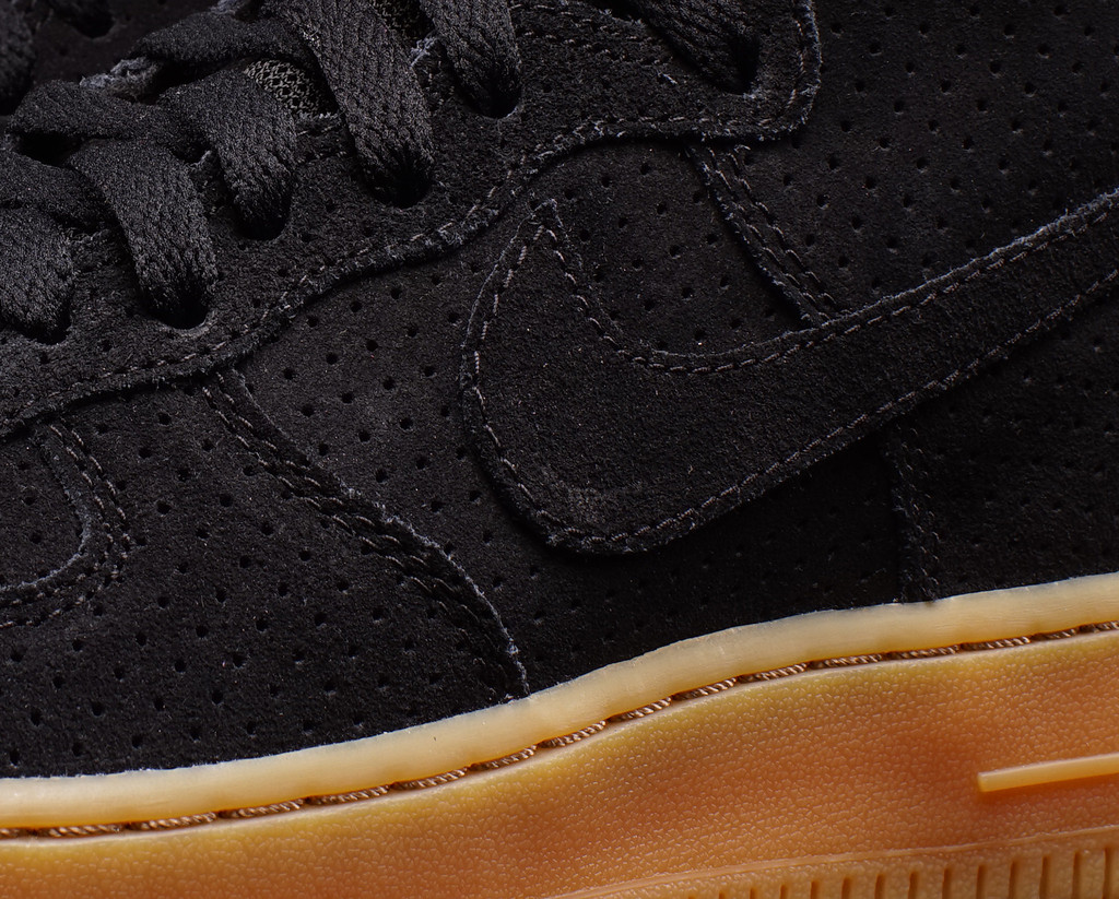 nike-air-force-1-high-black-suede-gum-2