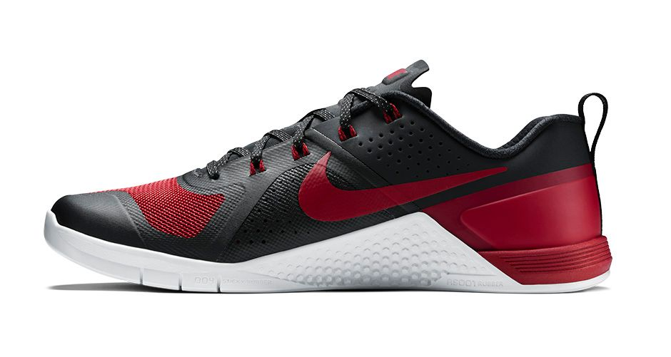 nike-metcon-1-banned-varsity-red-3