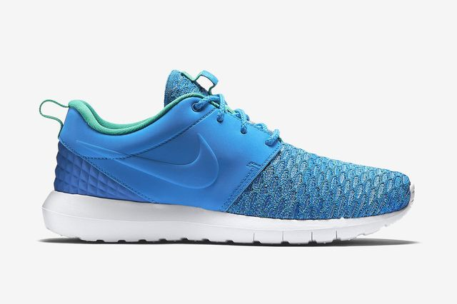 nike-roshe one flyknit prm-photo blue_02