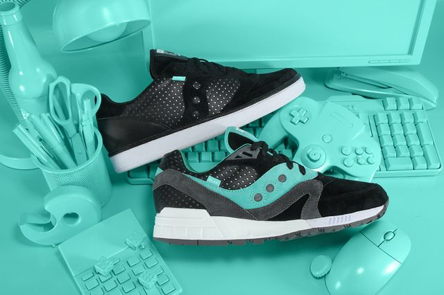premier-saucony-work-play