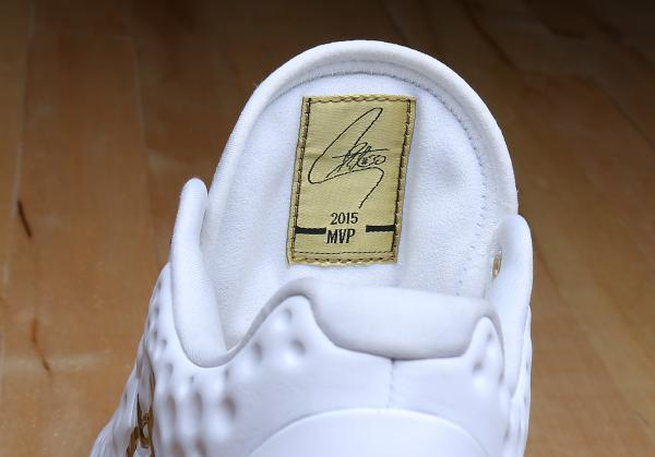under-armour-curry-one-low-friends-family-championship-pe-1