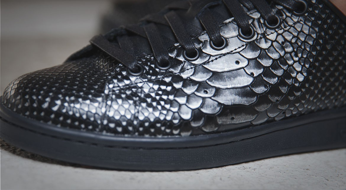 adidas-stan-smith-black-reptile-1