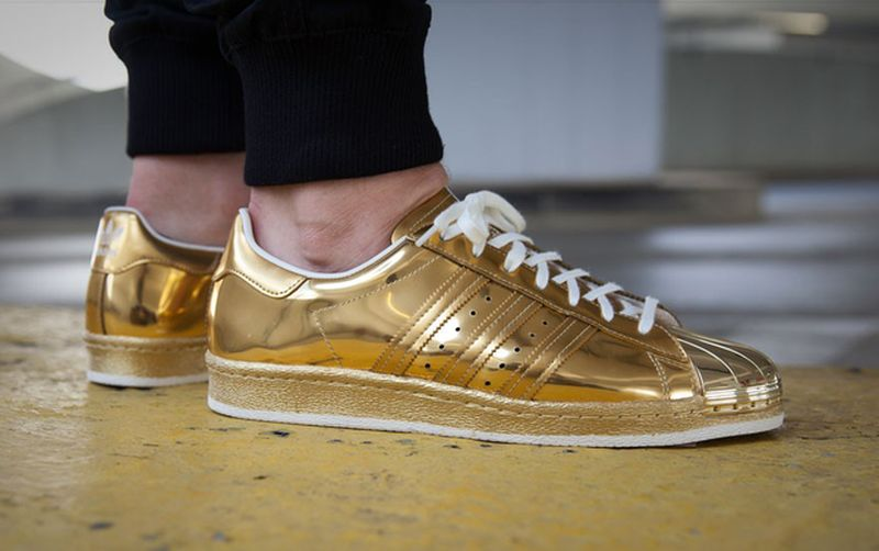 adidas-superstar-80s-liquid-gold-02_result