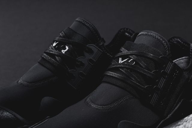adidas-y3-retro boost-black