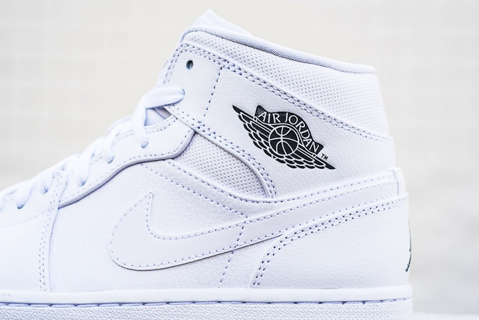 air-jordan-1-mid-white-cool-grey-3