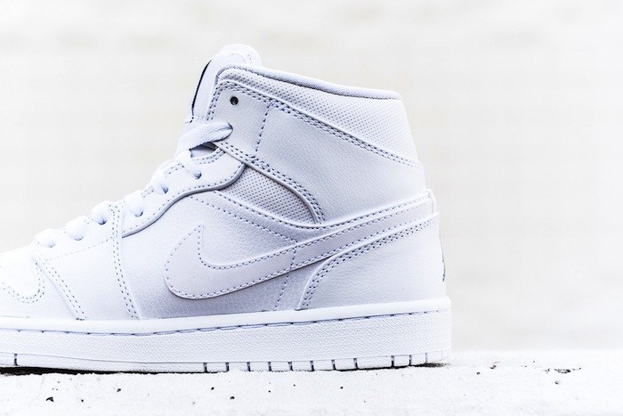 air-jordan-1-mid-white-cool-grey-4