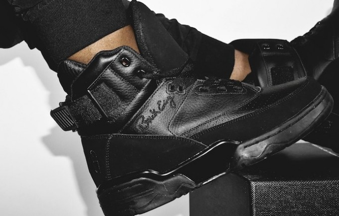 ewing-33-hi-blackout-01-681x435