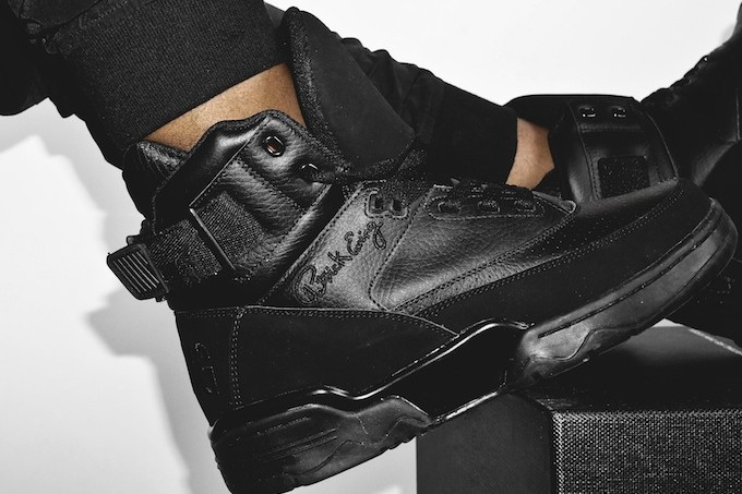 ewing-33-hi-blackout