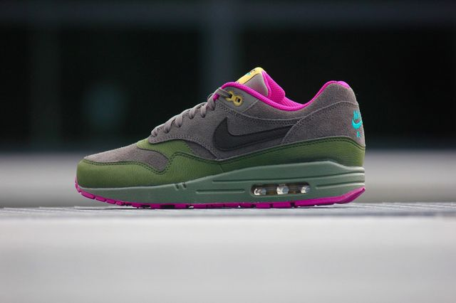 nike-air max 1-dark pewter_02
