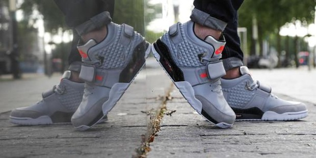 nike-air-trainer-cruz-grey-1