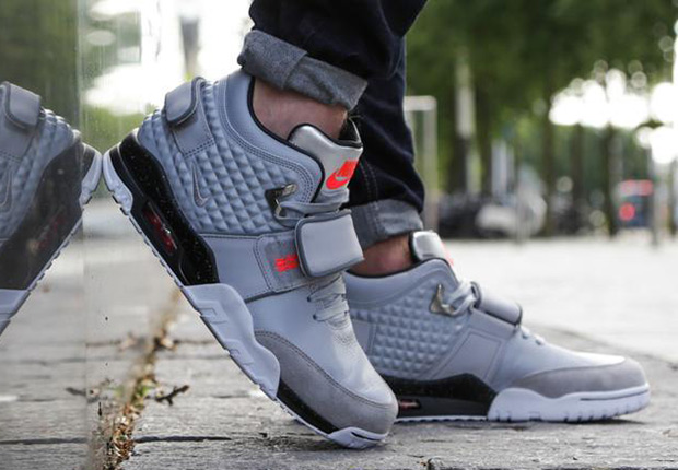 nike-air-trainer-cruz-grey