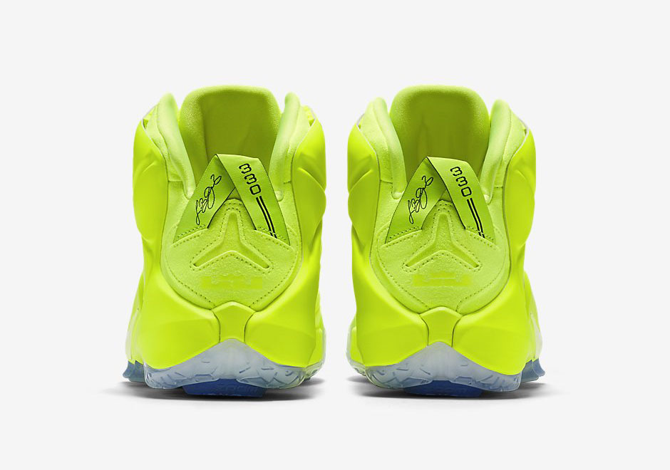 nike-lebron-12-volt-official-images-4