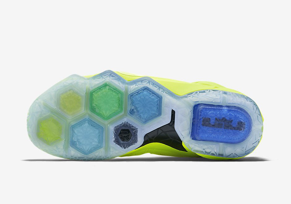 nike-lebron-12-volt-official-images-5