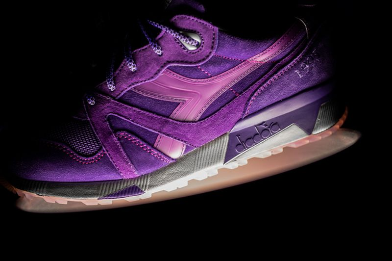 packer-shoes-reebok-diadora-raekwon-purple-tape-11_result