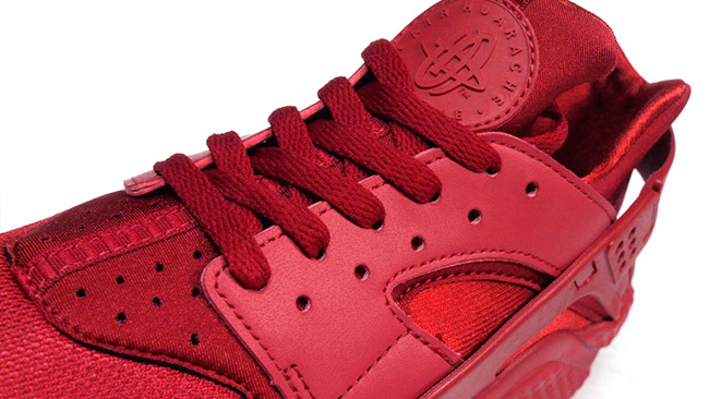 red-nike-air-huarache-2