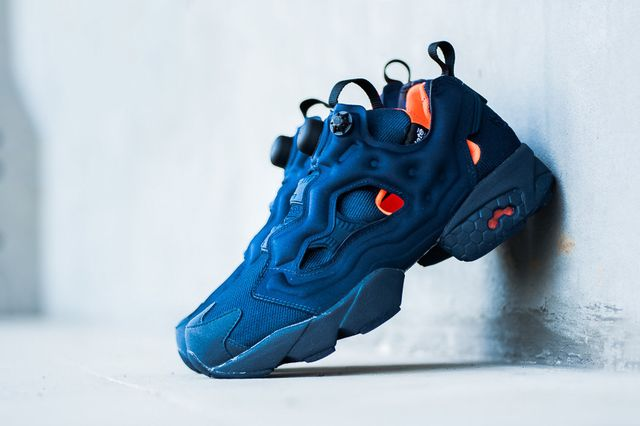 reebok-instapump  fury lite-navy-orange