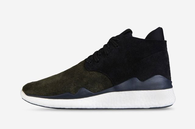 y3-desert boost-military green