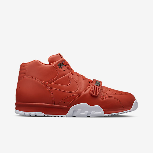 AIR-TRAINER-1-MID-SP--FRAGMENT-806942_881_A_PREM