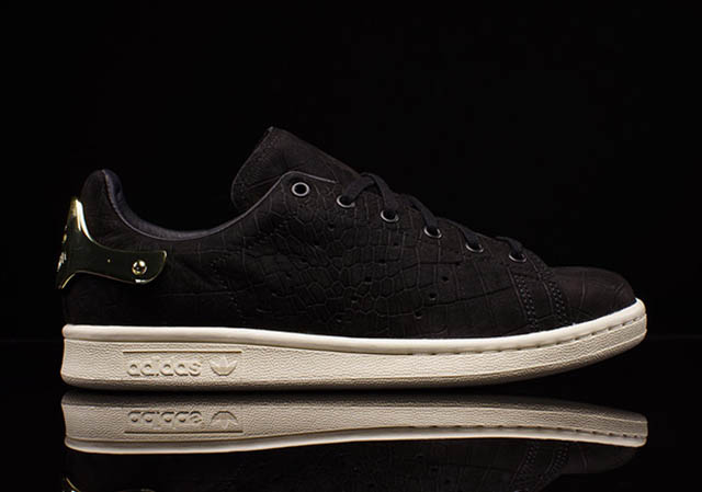 adidas-stan-smith-wmns-black-gold-3