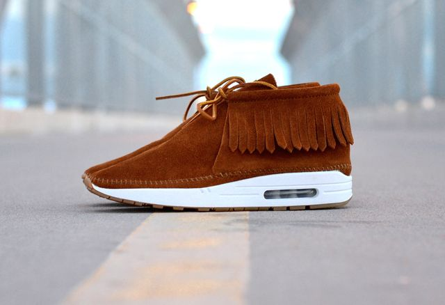 nike-air-max-1-moc-custom-1010x692_result