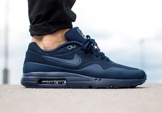 nike-air-max-ultra-moire-midnight-navy-2