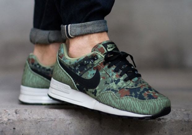 nike-air-pegasus-89-german-reunification-1-620x435