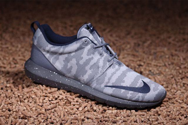 nike-roshe nm fb-grey camo