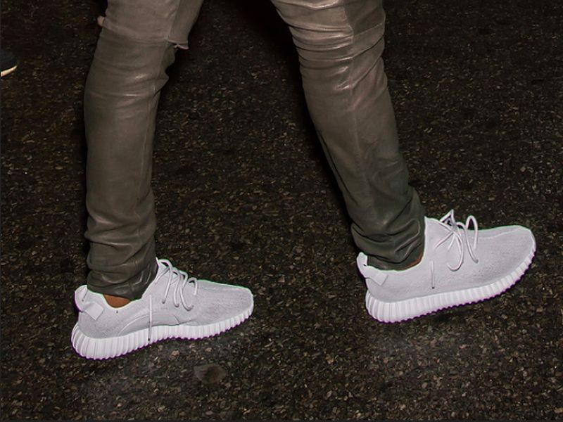 silver-yeezy-boost-350_021_result