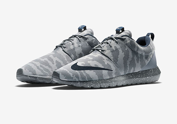Nike-Roshe-Run-NM-FB-grey-camo-1